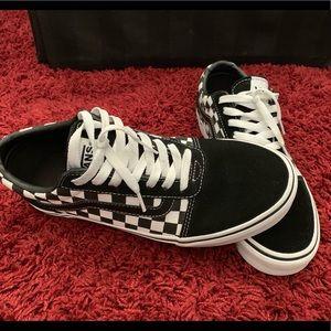 🤩Like New Old Skool Checkered Vans.  Size 8.5🤩